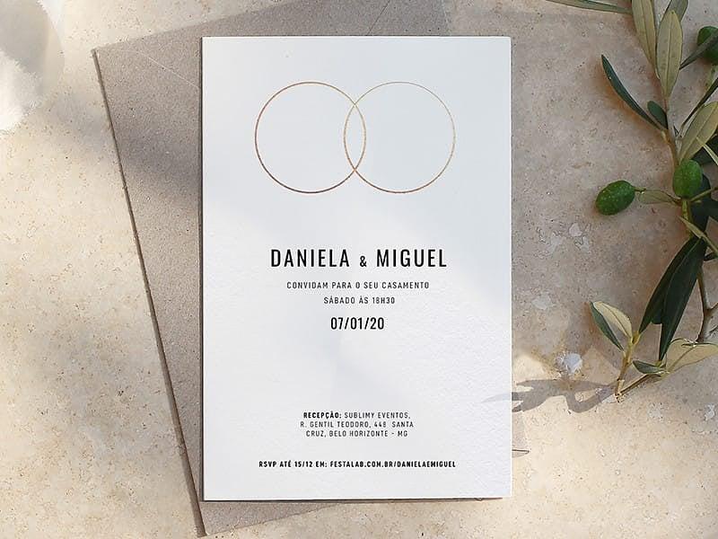 Convite de Casamento - Aliancas Branco com Dourado